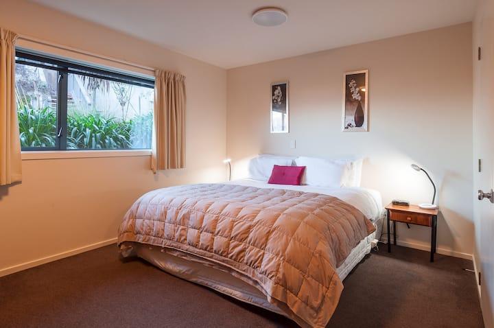 Coronet View Apartment (3 Bedroom, 3 Bathroom)