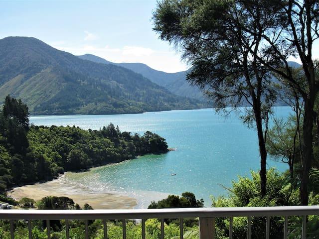 Same view, another beautiful Marlborough day