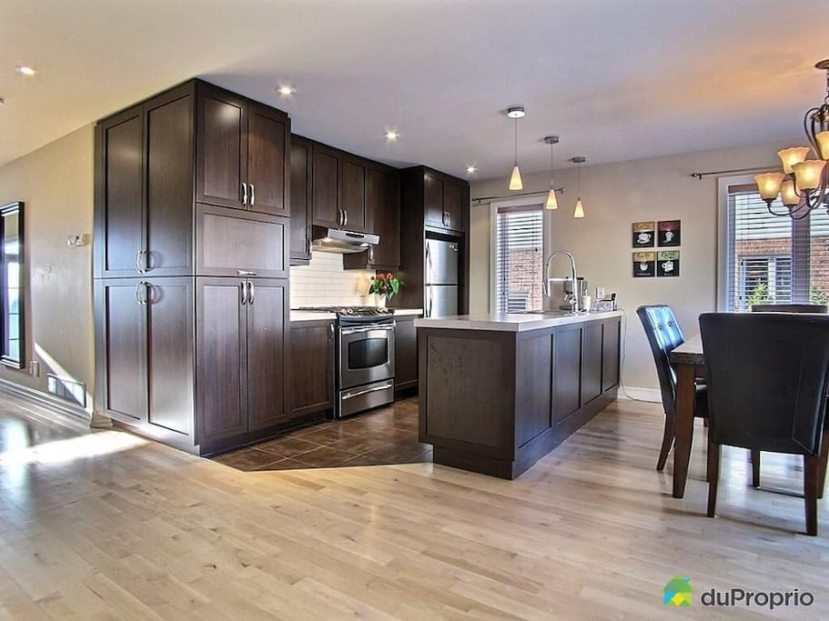 Open area: Kitchen, Dining and Linving rooms