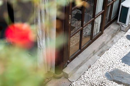 【任意挑选】同里古镇内/庭院大床房/出门见河/觀景露台/私家庭院/独门独院/超大落地窗