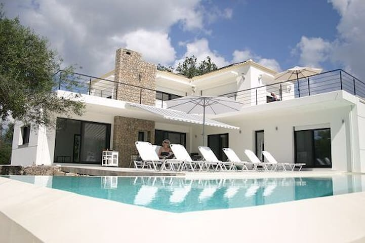 New modern villa Near Dassia Beach - Corfu