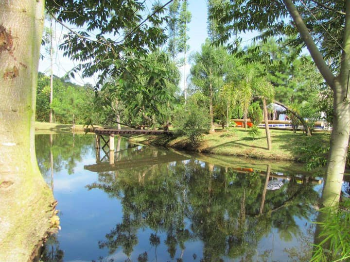 Sítio Caminho dos Pinheiros (com piscina)