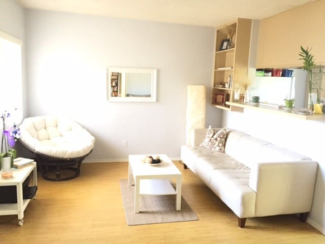 Bright and lovely 2 BR by the beach - Los Angeles - Pis