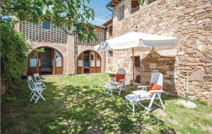 Holiday apartment with 2 bedrooms on 60m² in S. Quirico d'Orcia SI