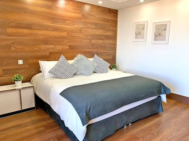 Brand New Gorgeous Apt in Best Location Equipetrol