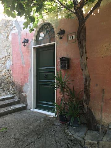 La Vera Pace - CABELLA LIGURE - House