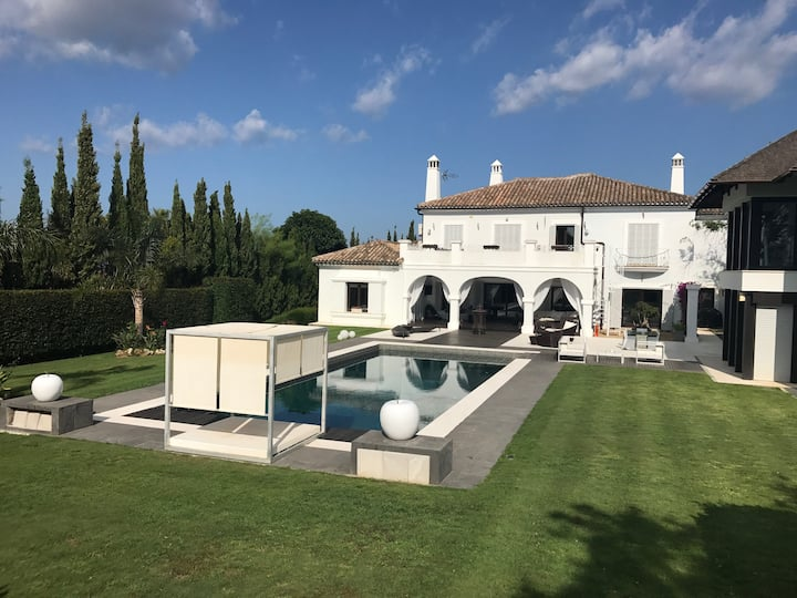 5*Palatial Villa On San Roque Golf Course and Pool