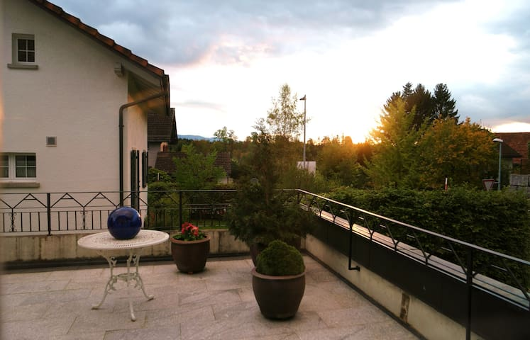 Familyhome near to Zurich and several ski-areas - Tann ZH
