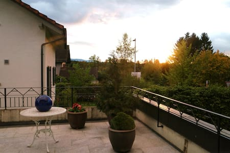 Familyhome near to Zurich and several ski-areas! - Tann