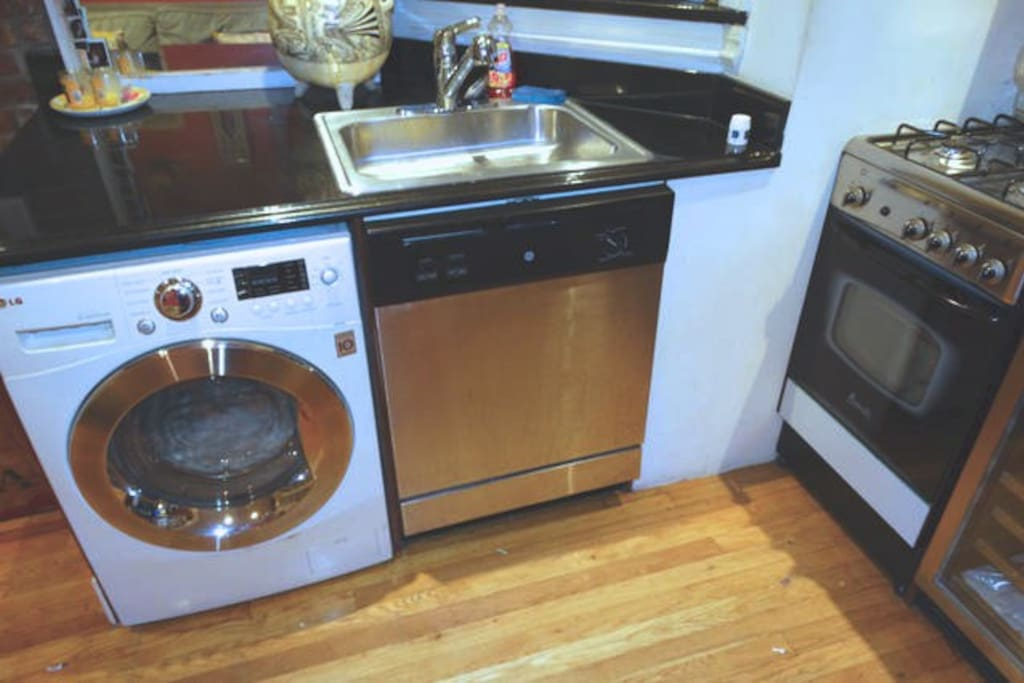 washer/dryer, dishwasher with marble countertops