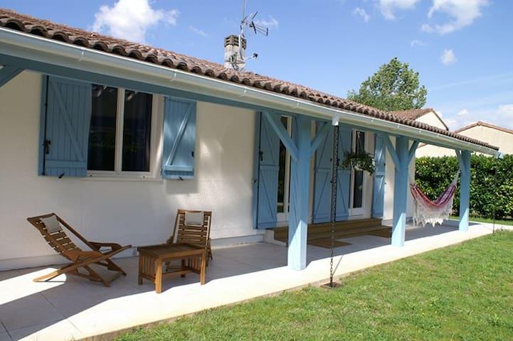 Villa entre Bordeaux et Océan - Martignas-sur-Jalle - 別荘
