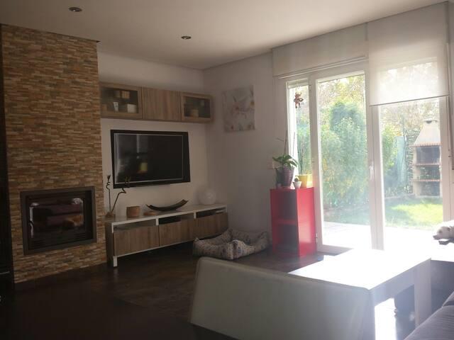 Casa a 5min de pamplona  sanfermin - Pamplona - Casa