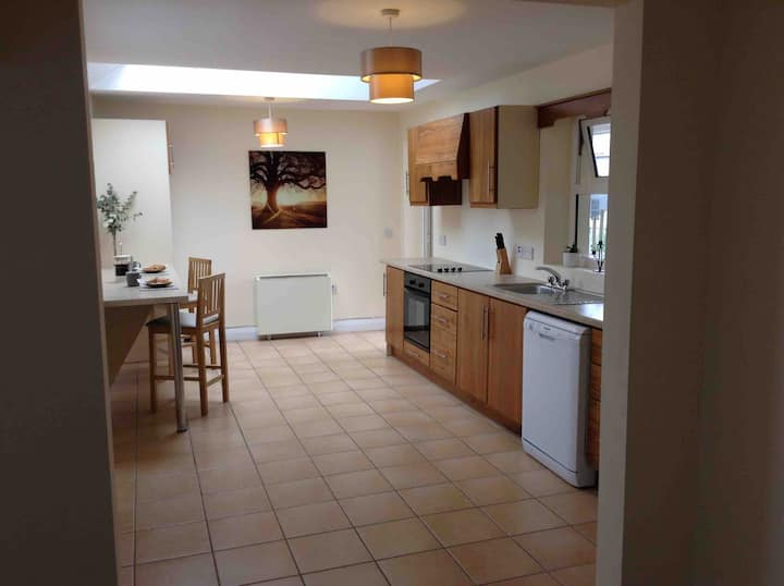 Spacious apartment in the center of Kenmare