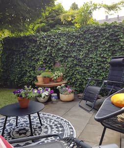 Nice appartment in the city centre with garden!