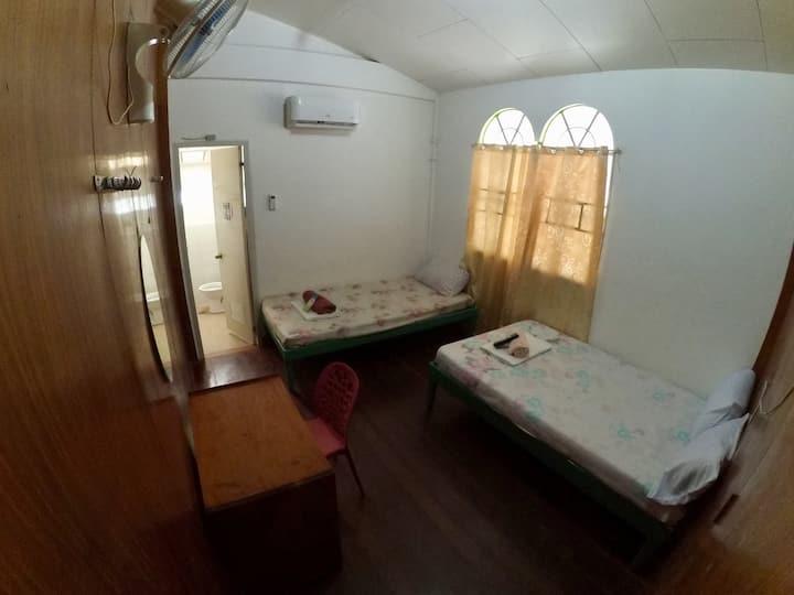 ♡ White Hauz Inn - Unit 2 ♡