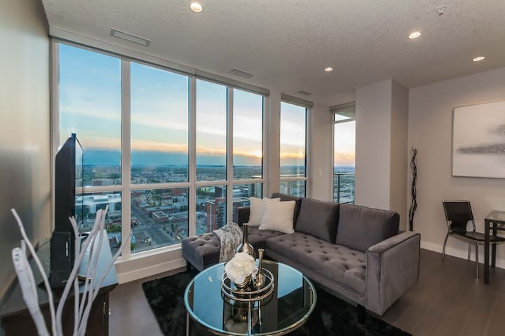 ▣Executive Condo 3min Walk→Rogers w/ Parking, View