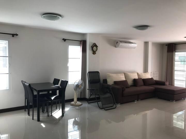Home for rent in Chonburi close to BangSaen Beach