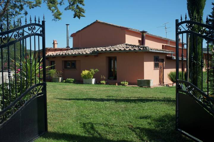 Apartment in a farmhouse in the beautiful Val d'Orcia