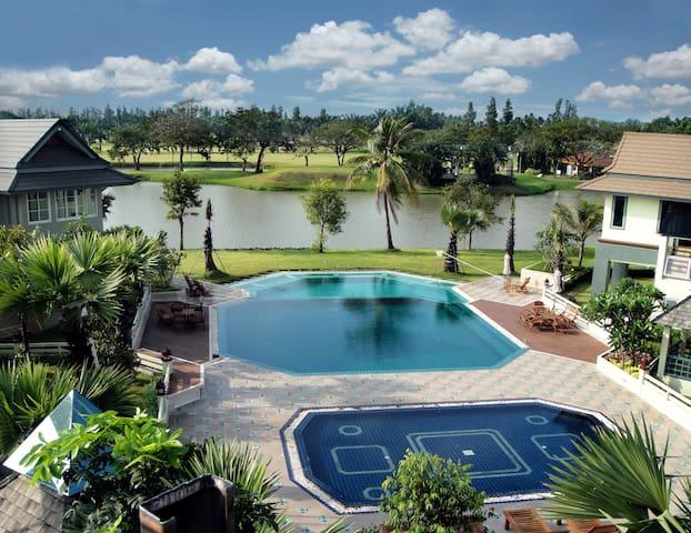 3 Level Swimming pool & jacuzzi
