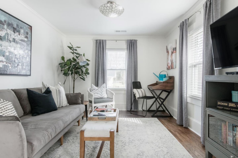 Comfortable & stylish living room