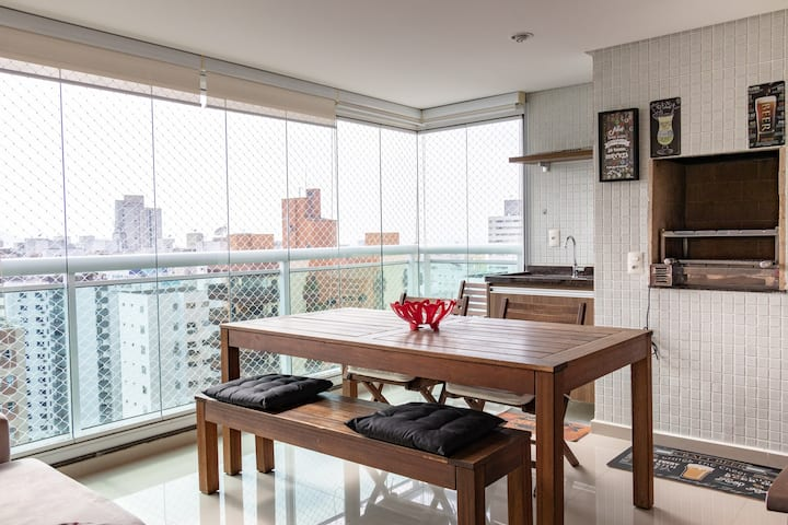 Novo,Guarujá, churrasco,Pisc aq, Ar cond, Wi-fi