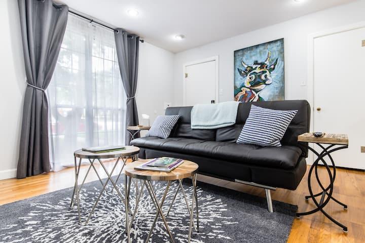 4th Street Suite