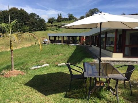 •Eirênê Summer jacuzzi- eco House -Casa de campo