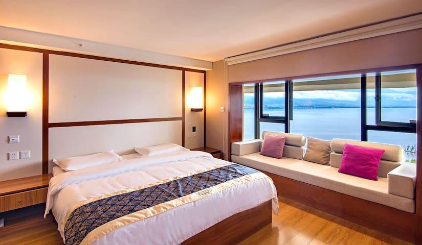 大理斯维登洱海龙湾海景复式双卧套房