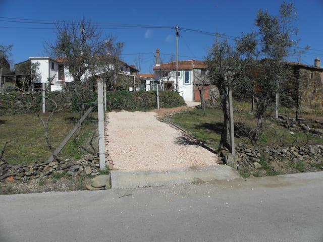 Casa de Pedra - Leiria - House