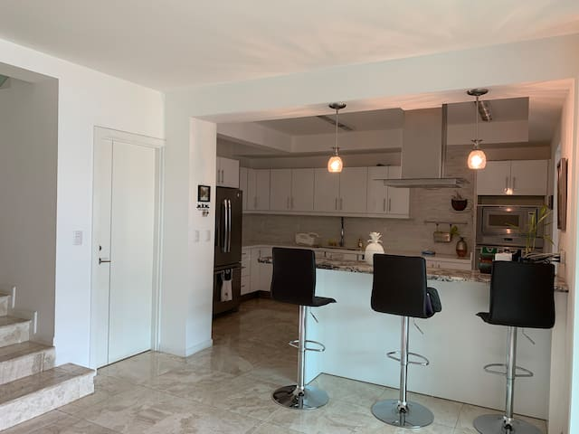 Modern, Classy, Comfortable in gated community!