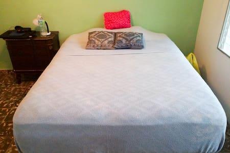 Banana House - Sunrise Room has A/C - Playa Coronado