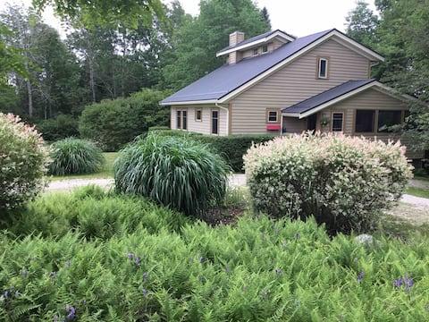 Lovely Herman's Island Home-
