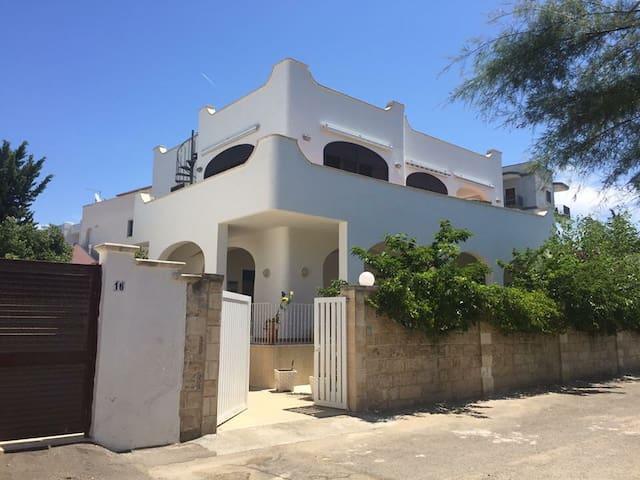 Nuovissimo appartamento per vacanze  Porto Cesareo