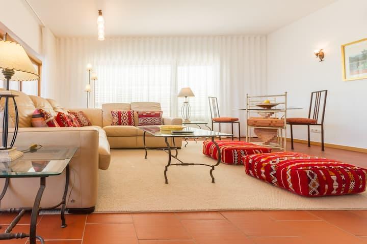 """Starboard"" Luxury Marina Apartment"