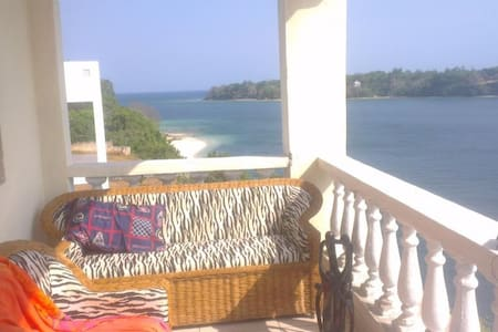 2 bedrooms apartment directly on the beach front - Kilifi - 公寓