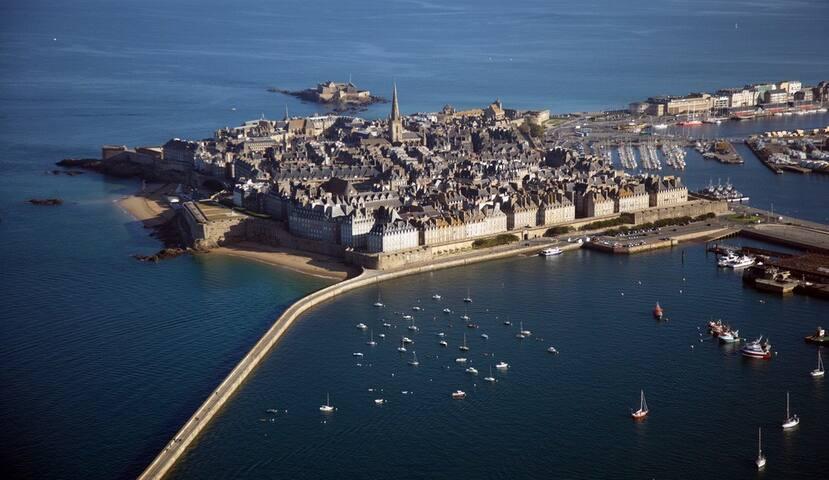 Nouveau à Saint-Malo appat.t2