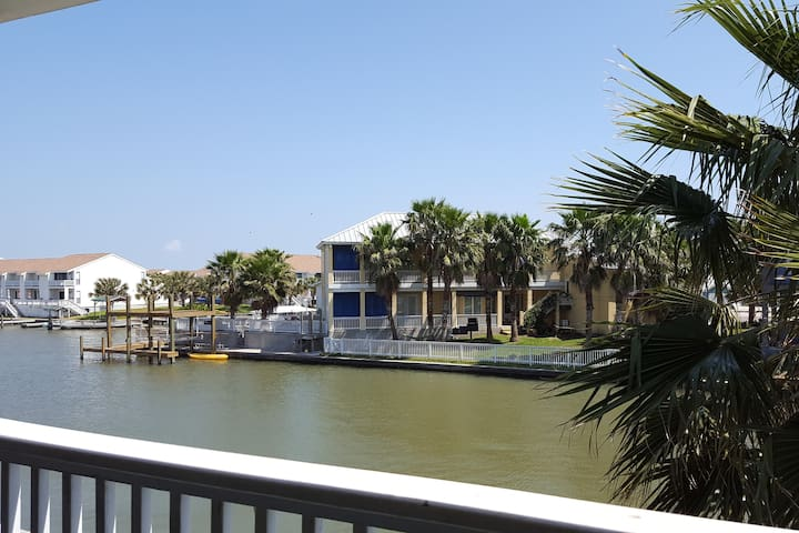 $99 / Per Night Water View Condo - Rockport - Kondominium