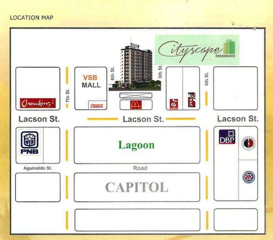 Very easy and accessible to public transportation, taxi and Grab services