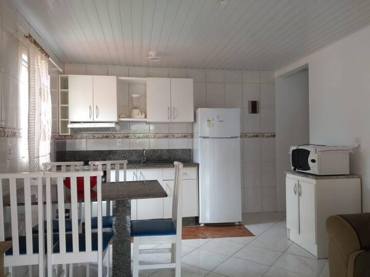 Casa de 2 Dormitórios em Bombinhas-SC