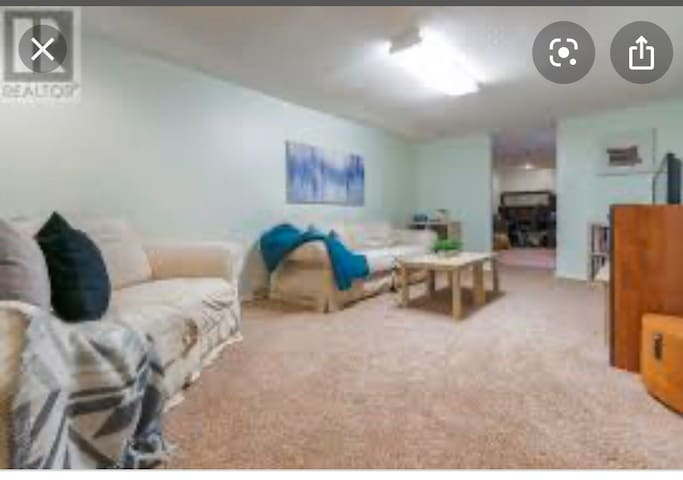 Spacious and private basement near university.