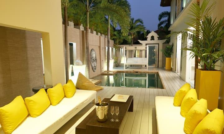 Luxury 3 Beds Pool Villa Amaya *****
