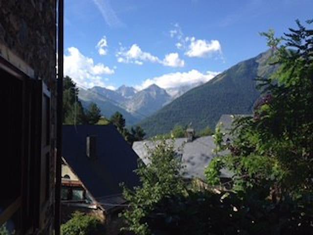 VILAMÒS, el poble més bonic de la Vall d´Aran