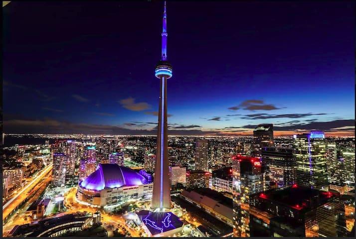 Unbelievable CN Tower Views..50+Floor, Union/MTCC