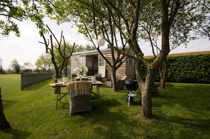 Secluded, Cosy and Luxurious Shepherd Hut