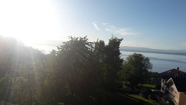 Bel appartement T2 avec une magnifique vu Lac