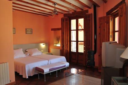 Habitación cerca de Madrid Aranjuez Chinchon - Belmonte de Tajo - Boetiekhotel
