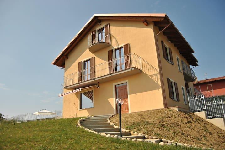Villa per famiglie e piccoli gruppi - Alba - Govone - Dom