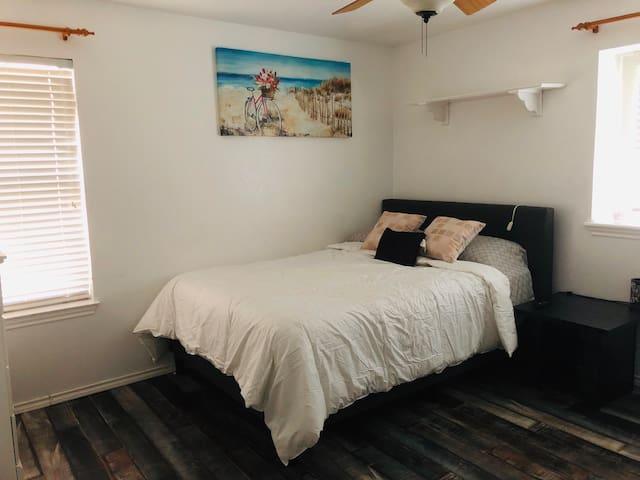 Comfortable private room #3