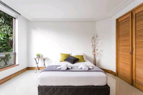 Spacious, comfortable room in the best area