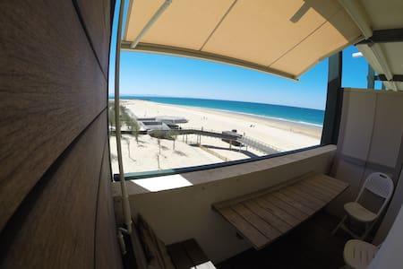 Magnifique studio vue sur l'océan.